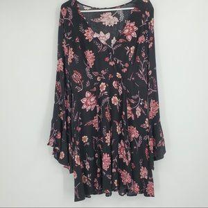 Forever 21 Plus Dress Floral VNeck Mini Flowy Pink